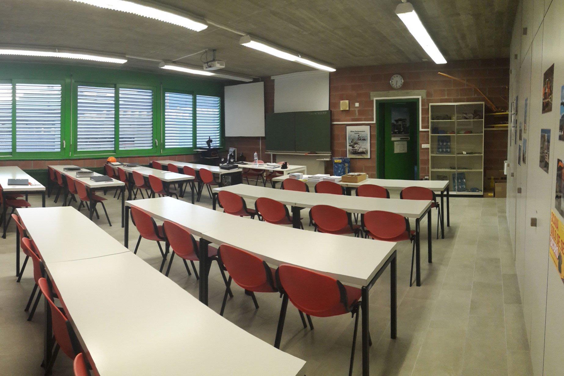 ssic-cfp-gordola-infrastrutture-aula-06